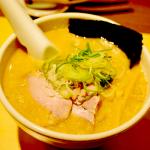 豚骨スープと背脂のバランスが絶妙!野方ホープ(東京都中野区)
